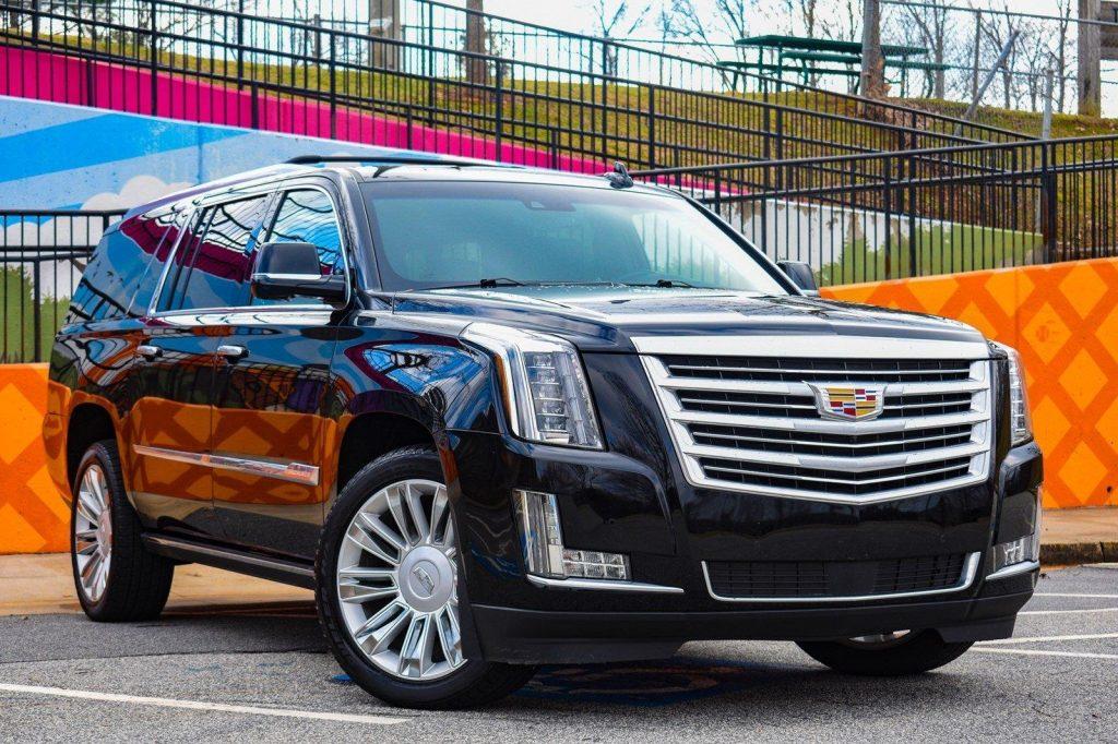 Cadillac-Escalade-ESV